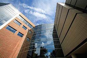 uf Public health and health professions building